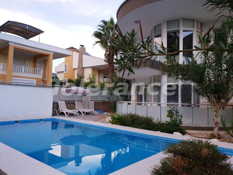 Вторичная квартира с мебелью и техникой в Гейнюке, Кемер рядом с морем - 16036 | Tolerance Homes