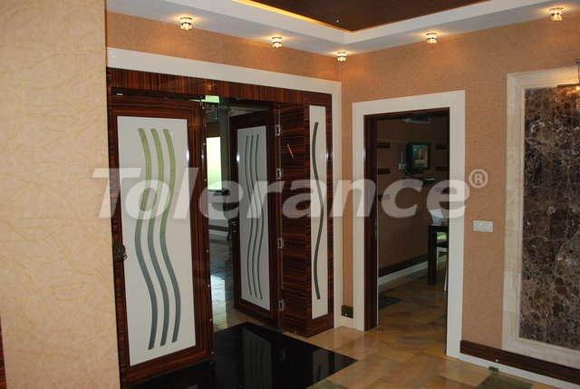 Великолепная фешенебельная вилла в центре Кемера с частным  участком 500 м2 и бассейном - 9354   Tolerance Homes