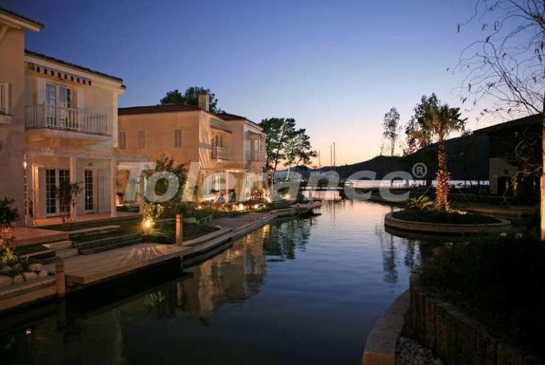 Вилла в Фетхие на берегу моря  с личным причалом - 12645 | Tolerance Homes