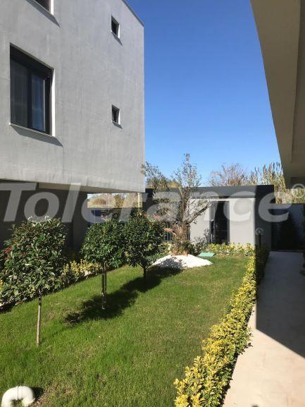 Недорогая трехкомнатная квартира в Ларе, Анталия в комплексе с бассейном - 17095 | Tolerance Homes