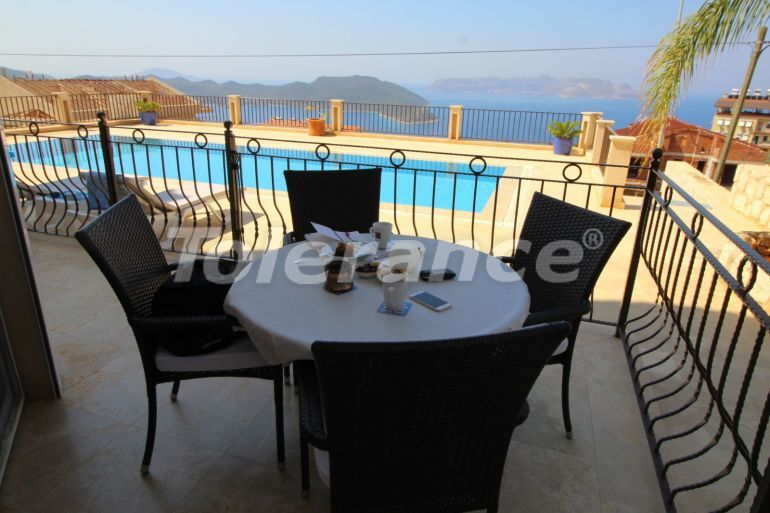 Вторичная квартира в Каше полностью меблированная в комплексе с бассейном и с видом на море - 22048   Tolerance Homes