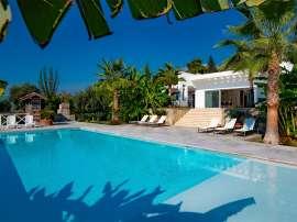 Роскошная вилла в Фетхие с собственным пляжем и видом на море - 23182 | Tolerance Homes