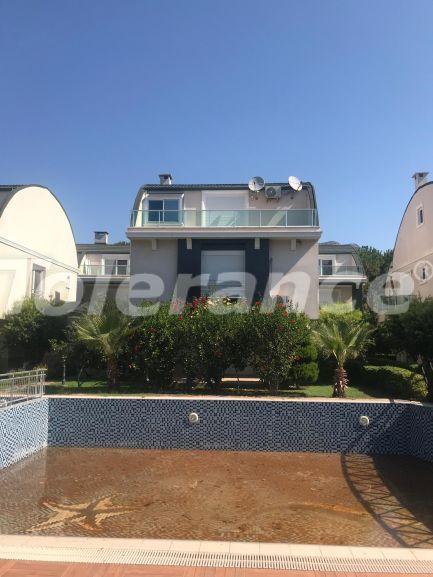 Шикарная меблированная вилла на берегу моря в Кумлудже с бассейном и теннисным кортом - 23301   Tolerance Homes