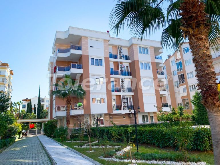Трехкомнатные квартиры в Лимане, Коньяалты в комплексе с бассейном рядом с морем - 23784 | Tolerance Homes