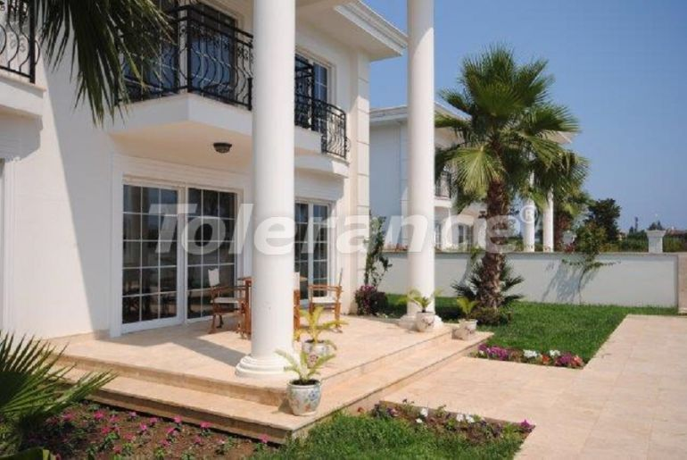 Отдельно стоящий дом в Чамьюва, Кемер с частным бассейном в 500 метрах от моря - 26884 | Tolerance Homes