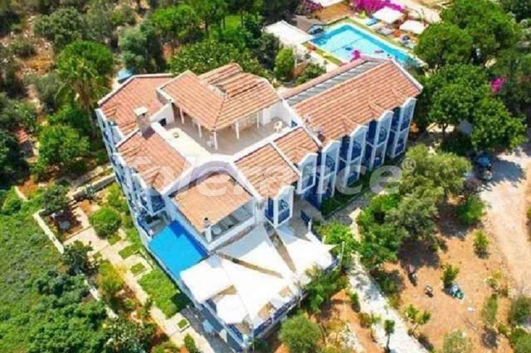 Бутик-отель в Каше с открытым бассейном, собственным пляжем и видом на море - 30564 | Tolerance Homes