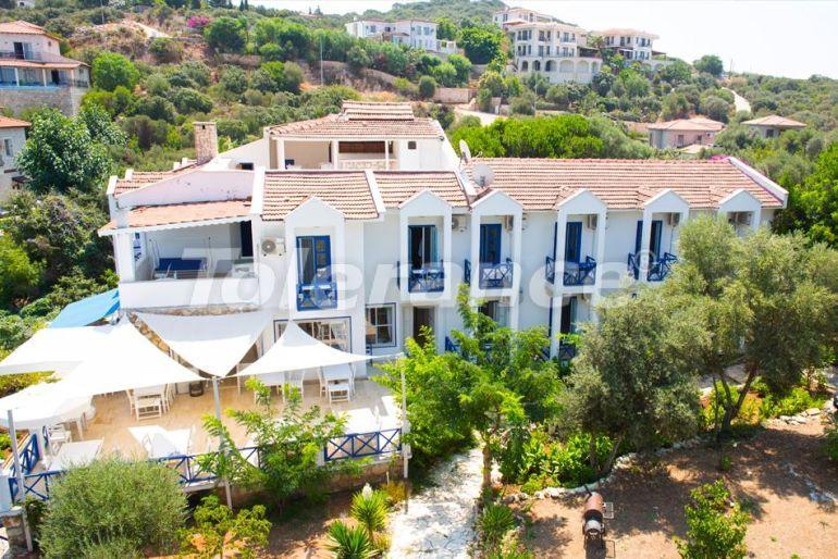 Бутик-отель в Каше с открытым бассейном, собственным пляжем и видом на море - 30539 | Tolerance Homes