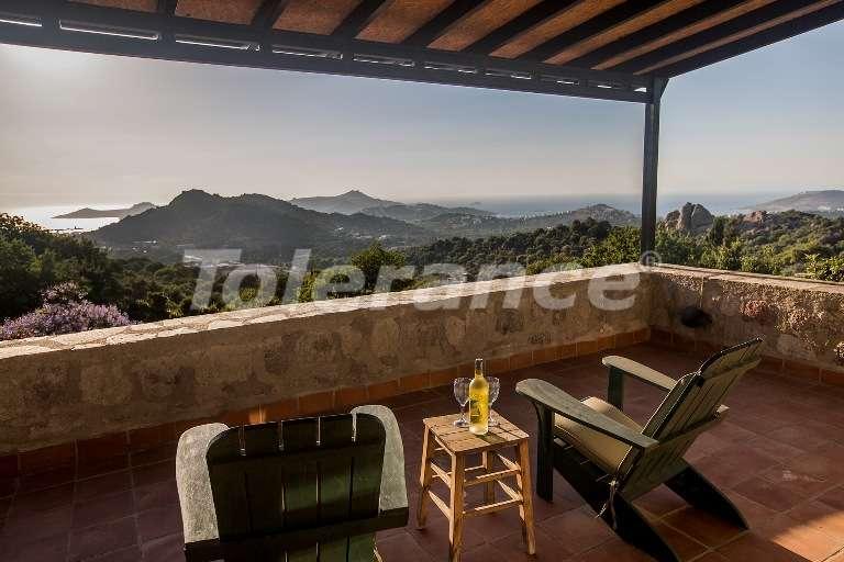 Аутентичная каменная вилла с большим участком и шикарным видом. - 7576 | Tolerance Homes