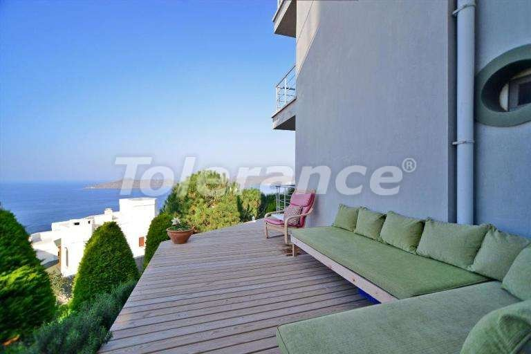 Вторичная мебелированная со вкусом квартира с головокружительным видом на море. - 7915 | Tolerance Homes