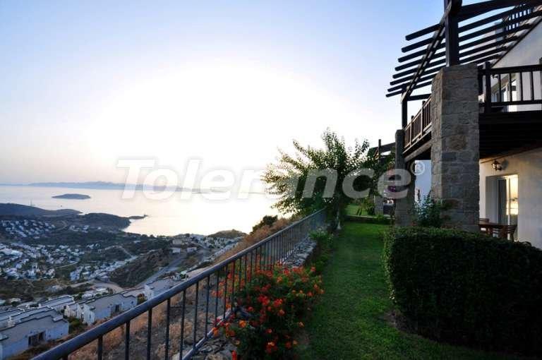 Полностью мебелированные апартаменты 2+1 с видом на море на 360 градусов в модной части Бодрума - 7978   Tolerance Homes